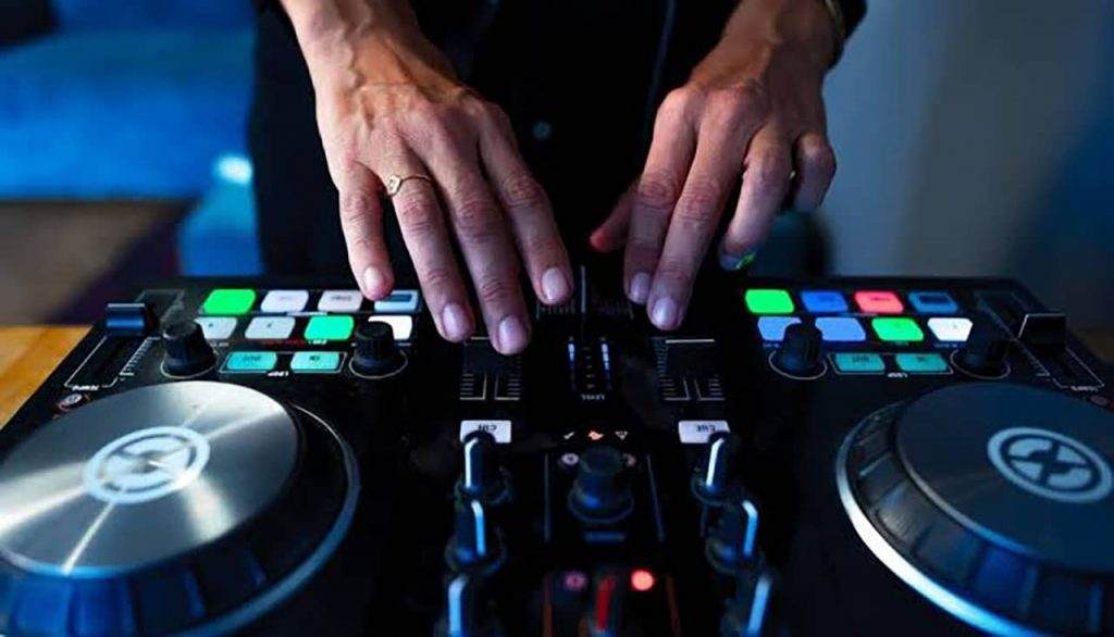 Skills do You Need to be a DJ